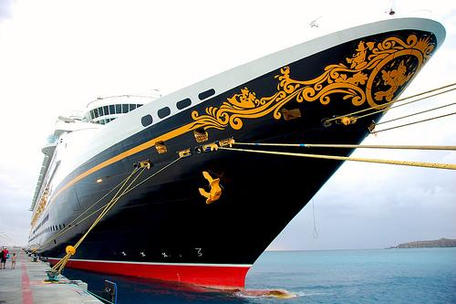 Wonderfully Awful: I Fricking Love Cruises!