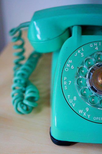 Single White Nerd: Calling Mom