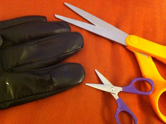how to make leather gloves work with iphone