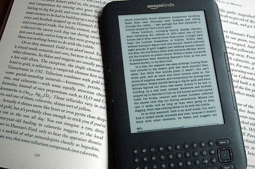 how to buy books on kindle iphone