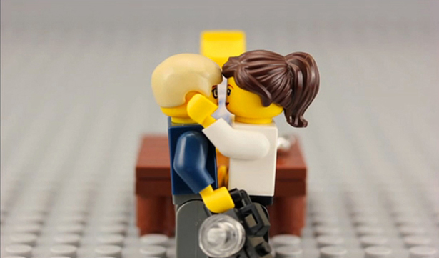 If You're Going to Propose, Why Not Do It With Legos? – Procrastinate on This [NERD LURVE WEEK]