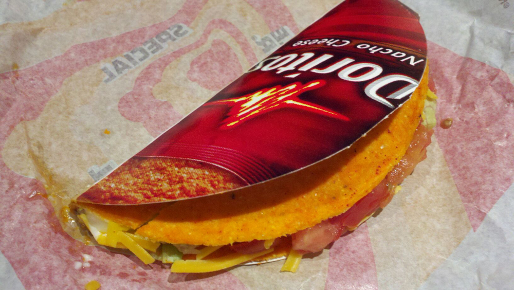 A Taco Shell Made of Doritos – What Took Taco Bell So Long? [Kicking Back with Jersey Joe]