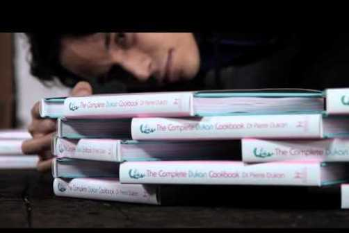 This Ad Will Make You Want to Read a Physical Book – Procrastinate on This [BOOK WEEK]