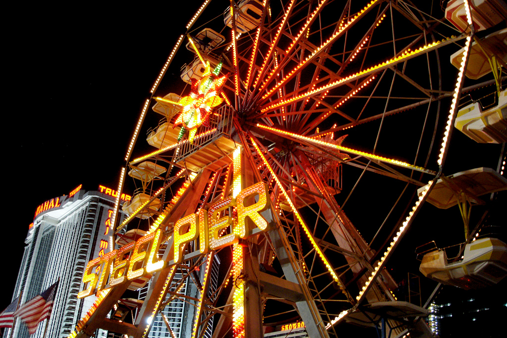 Steel Pier – The Most Historic Pier in America [Kicking Back with Jersey Joe]