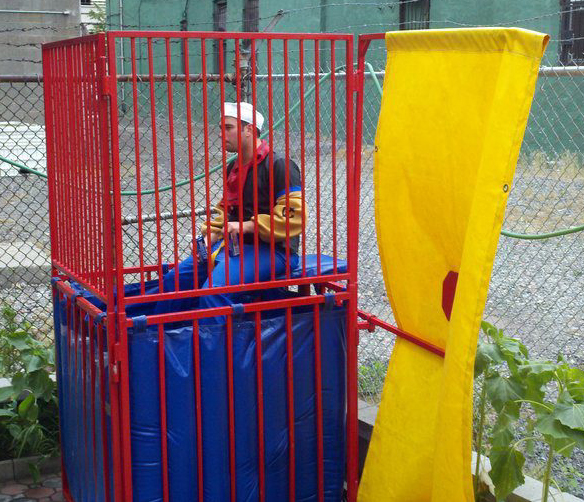 Awesome Party Idea – Get a Dunk Tank! [Kicking Back with Jersey Joe]