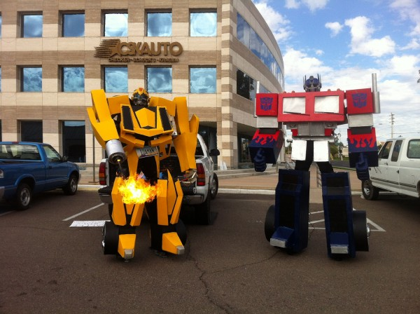 10 Foot Tall Bumblebee Costume – One More Thing Before We Go [Halloween 2012]