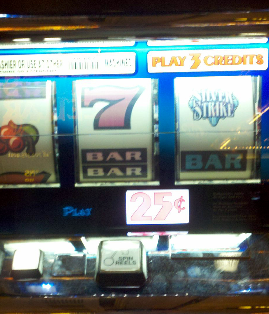Silver Strike! The Slot Machine That Hands out a Prize [Kicking Back with Jersey Joe]