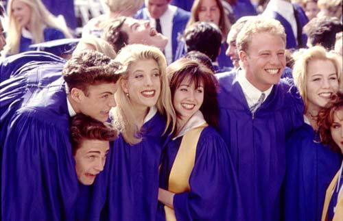 Ahh, Beverly Hills 90210- Why am I So Nostalgic for Things that Suck? [California Seething]