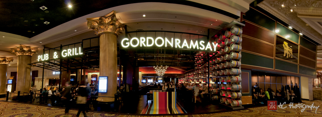 Excellent Inside Gordon Ramsays Pub And Grill Does His New Interior Design Ideas Helimdqseriescom