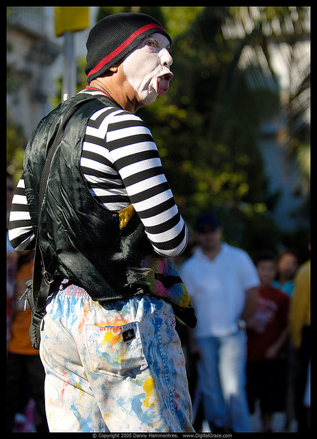 Mime Chokes To Death During Performance; Receives Thunderous Applause [Daily News Brief]